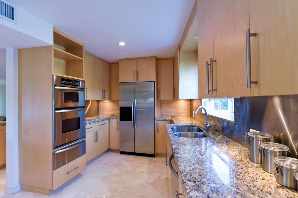 Custom Granite Countertop Installation in Miami, Fort Lauderdale, Weston, Hialeah, Boca Raton, Aventura,FL